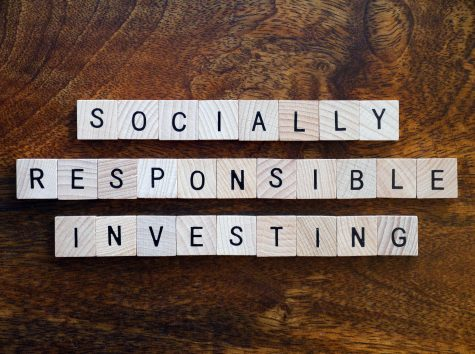 "Scrabble tiles spell out ""Socially Responsible Investing"""